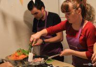 Studenții ASB au gătit pentru oamenii străzii