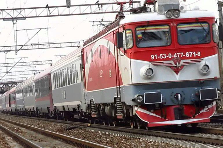 Studentii vor calatori gratis cu trenul de la 1 februarie