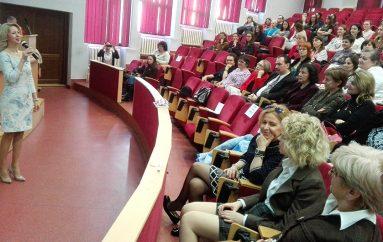 Cadou de Mărțișor pentru comunitatea UMF Iași: speed training de fericire