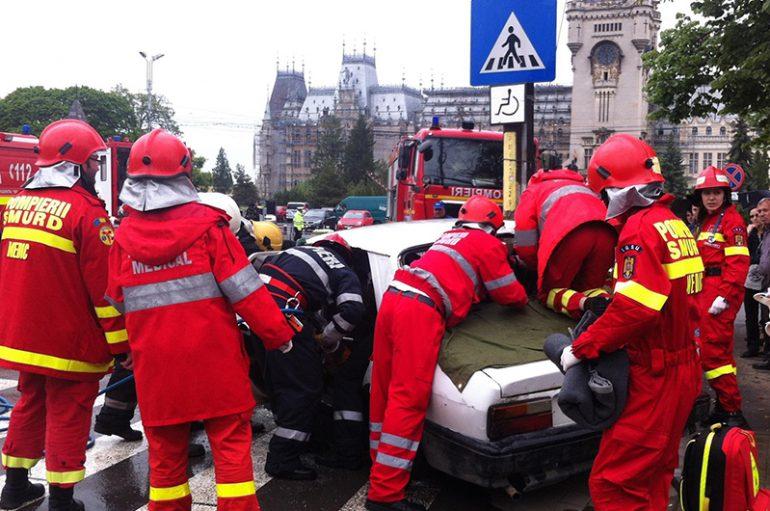 Simularea unui accident rutier, la UMF Iași