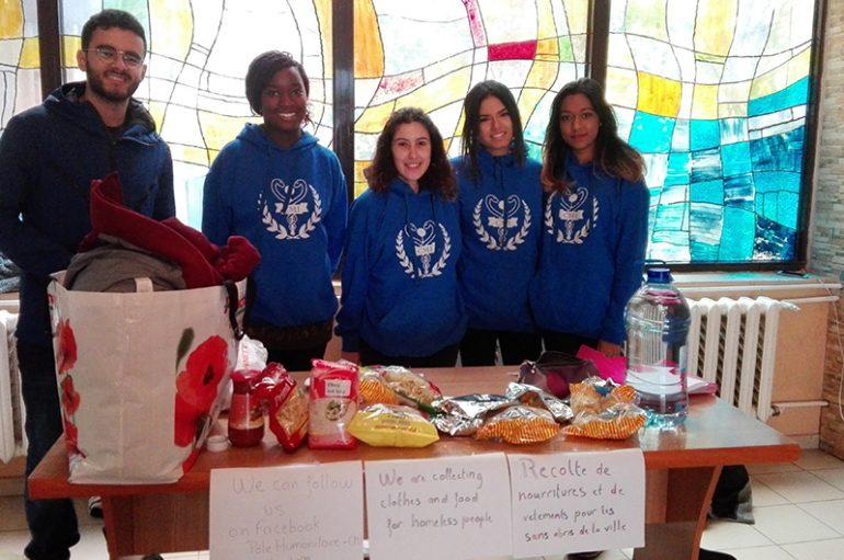Gest emoționant al studenților mediciniști francofoni: strâng haine și mâncare pentru nevoiași