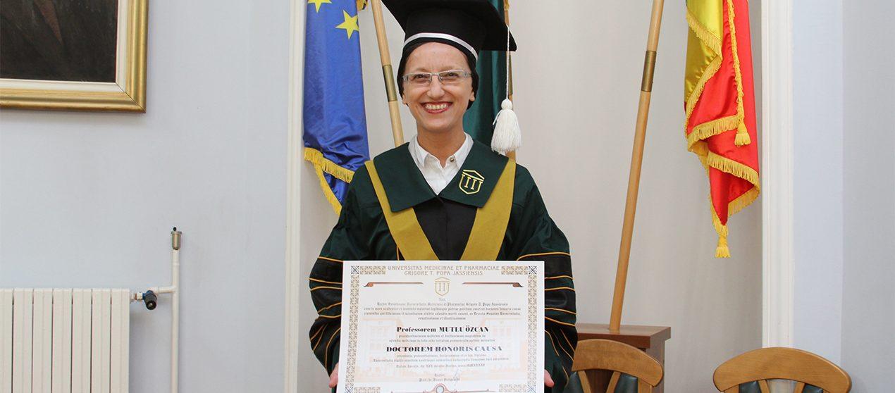 Decernarea titlului de Doctor Honoris Causa D-nei Profesor Mutlu Özcan, de la Universitatea din Zurich