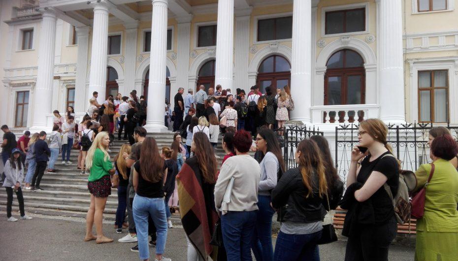 S-a dat startul înscrierilor pentru concursul de admitere la UMF Iași