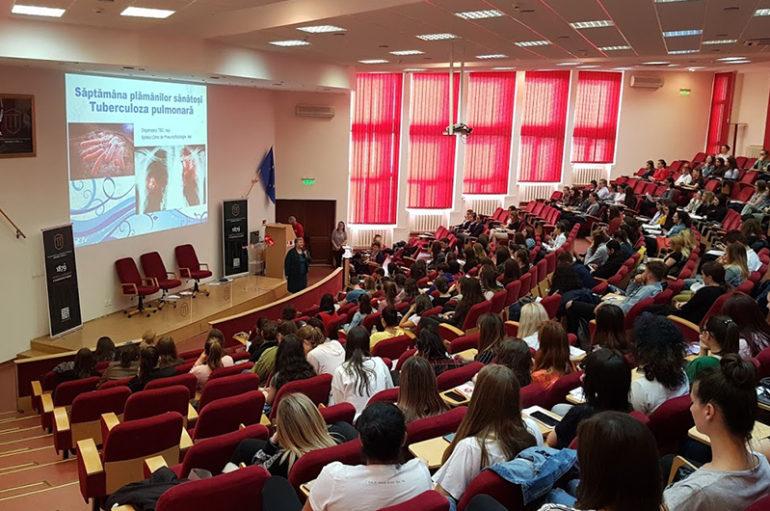 """Campanie de luptă împotriva tuberculozei, la UMF Iași: """"Sănătatea plămânilor contează"""