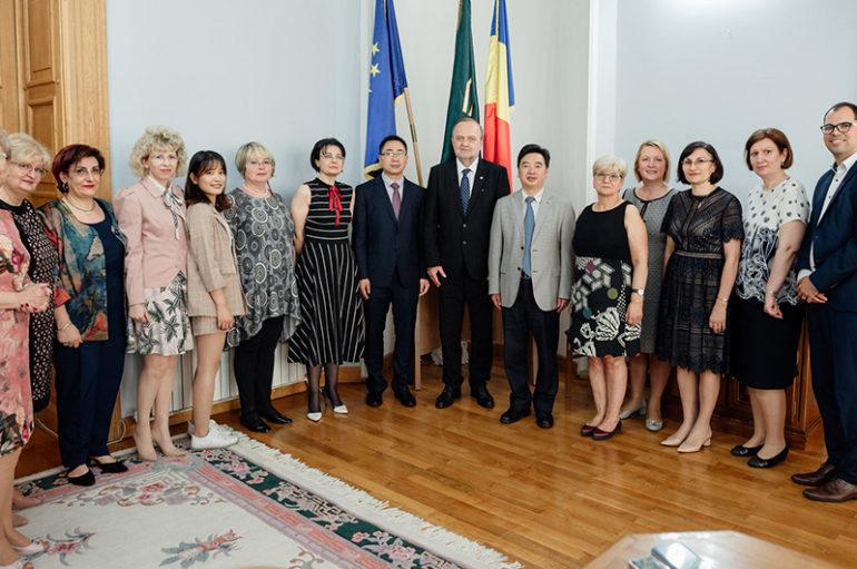 Acord bilateral de cooperare între UMF Iași și Universitatea de Medicină Chineză Shaanxi