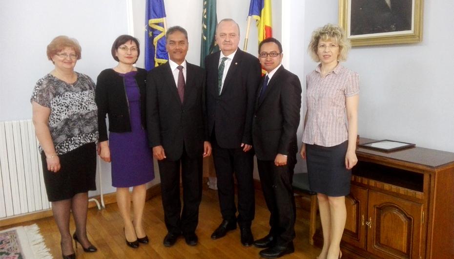 Ambasadorul republicii Indonezia, în vizită la UMF Iași