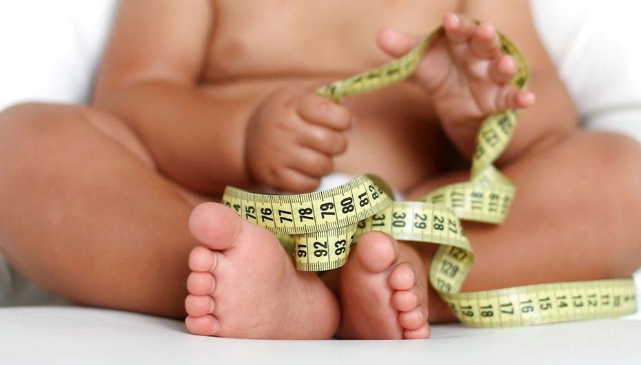 Creștere de zece ori a obezității din copilărie și adolescență în ultimele patru decenii: nou studiu efectuat de Colegiul Imperial din Londra și OMS