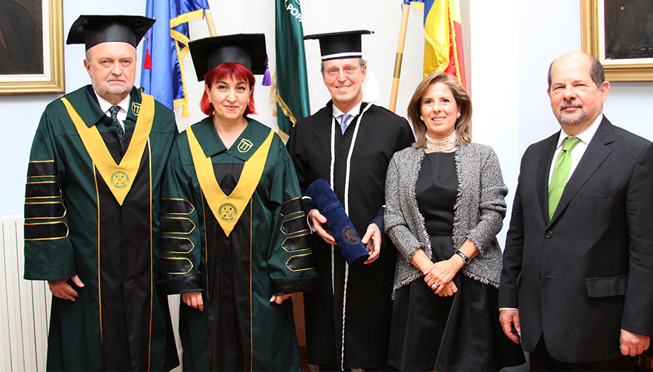 Decernarea titlului de Doctor Honoris Causa D-nului Profesor Duarte Nuno Viera, de la Universitatea din Coimbra