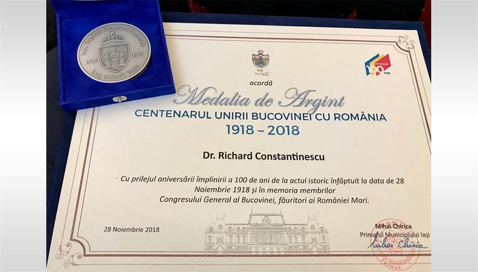 Primăria a premiat UMF Iași pentru implicarea în evenimentele desfășurate în Programul Centenar
