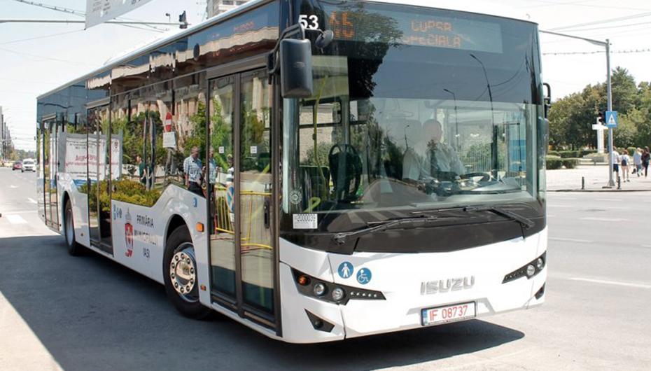Angajații UMF Iași au reducere de 50% la abonamentul CTP