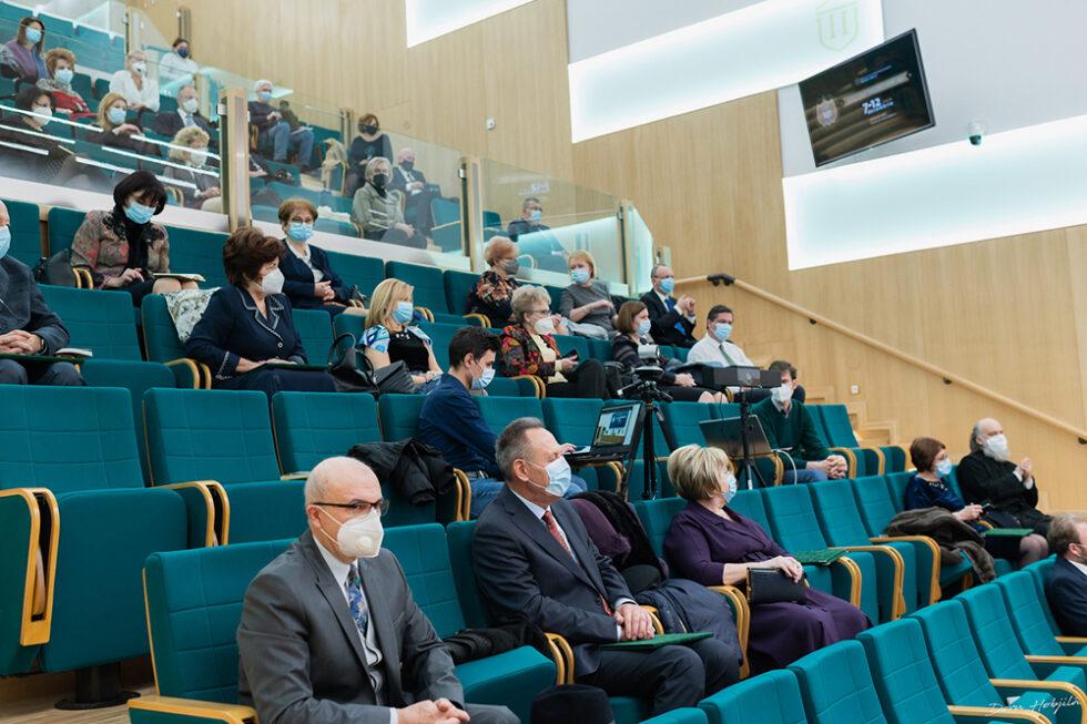 Conferinta B. Simionescu - Provocarile stiintei si tehnicii in secolul al XXI-lea (5)