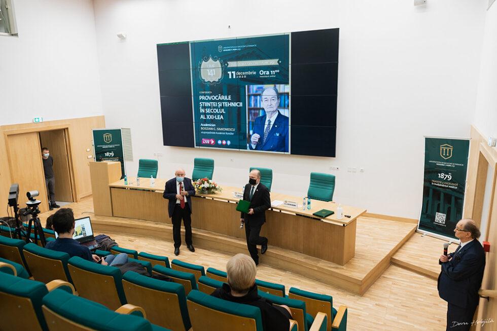 Conferinta B. Simionescu - Provocarile stiintei si tehnicii in secolul al XXI-lea (7)