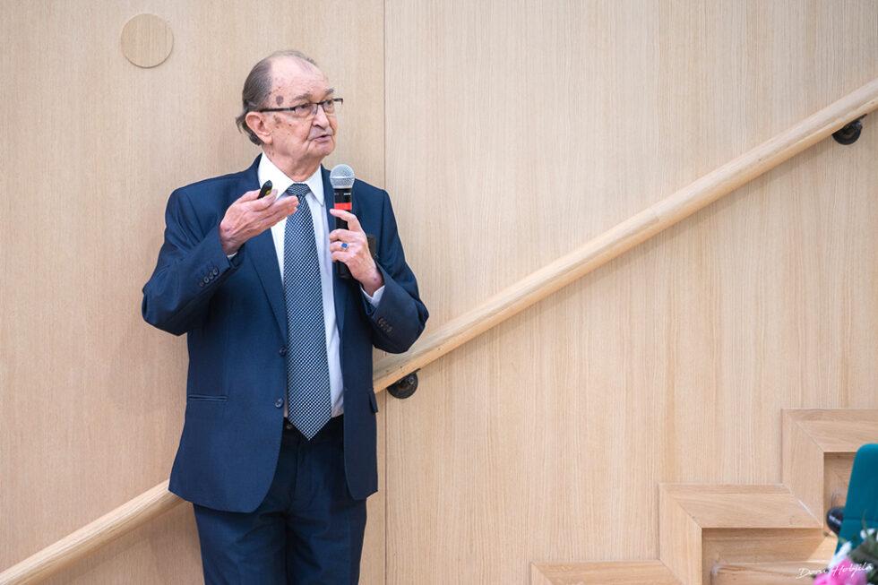 Conferinta B. Simionescu - Provocarile stiintei si tehnicii in secolul al XXI-lea (9)