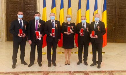 """UMF Iași, decorată cu Ordinul """"Meritul Sanitar"""" în grad de Cavaler"""