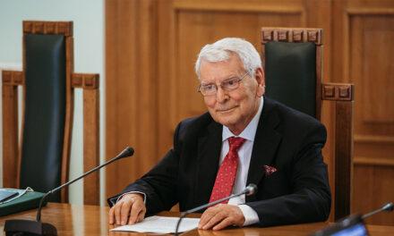 Academicianul Carol Stanciu, omagiat la UMF Iași